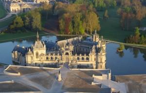 11856-vue aerienne de chantilly-Philippe HAMAIN Oise Tourisme